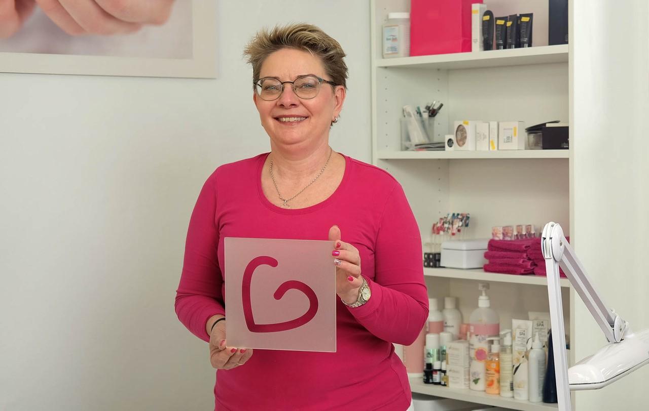 Germeringer Lieblingsläden Think Pink Beautyoase Germering